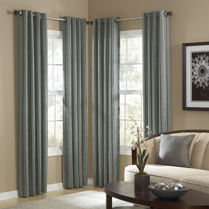 curtains-drapes-bg-drapery-panels